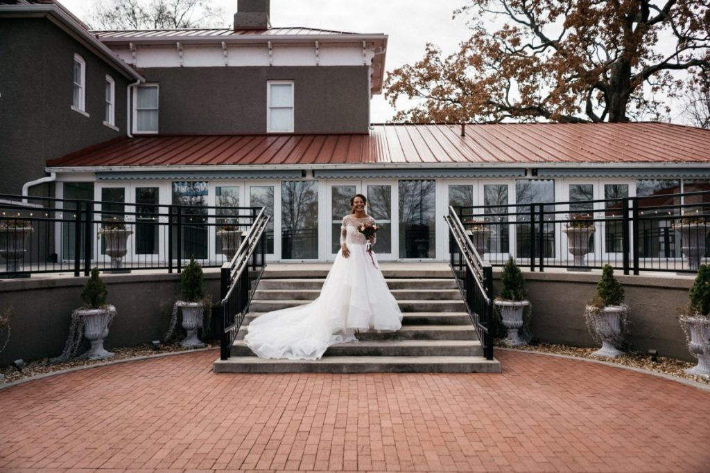 getting married in bentonville at Peel Mansion